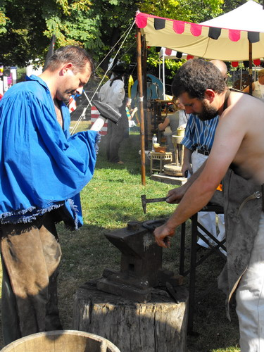 kovácsmester kézműves